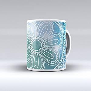 taza agua marina con motivo flor
