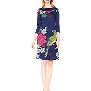 Vestido de primavera marca Desigual en color azul oscuro con Pavo y motivos florales, largo hasta la rodilla cuello barco